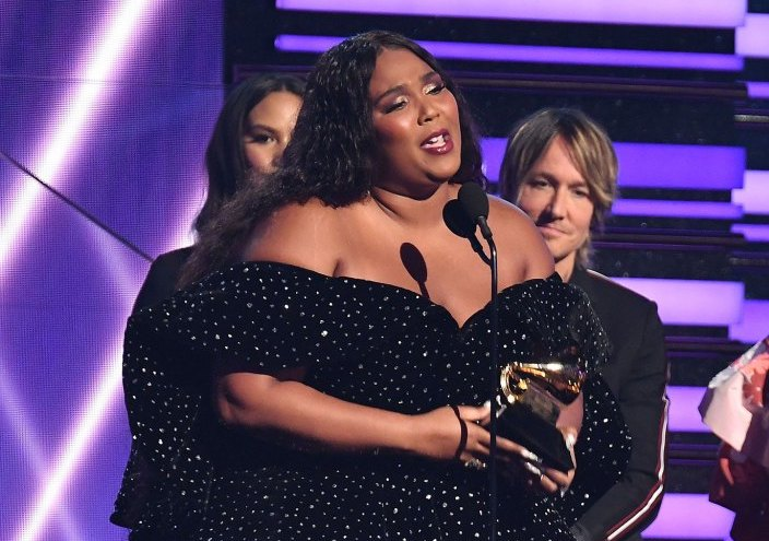 [WATCH] Lizzo Accept Best Solo Pop Performance at 2020 Grammys